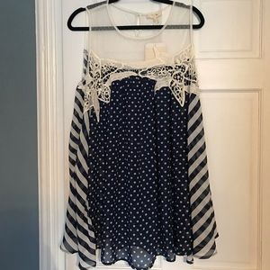 Boutique polka dot flowy tank top